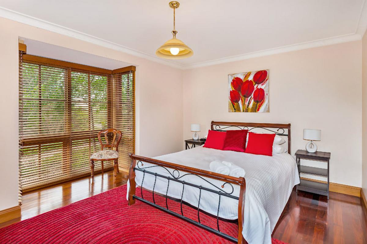 Hunter Valley Accommodation - Ballaview - Lovedale - Bedroom