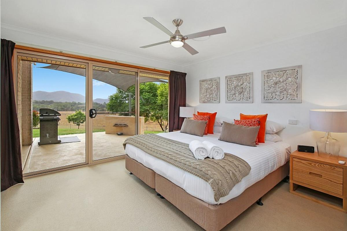 Hunter Valley Accommodation - Hillbrook Estate - Elderslie - Bedroom
