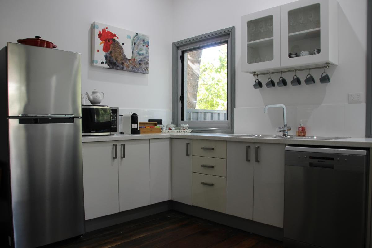 Hunter Valley Accommodation - Hunter Cottage - Branxton - Kitchen