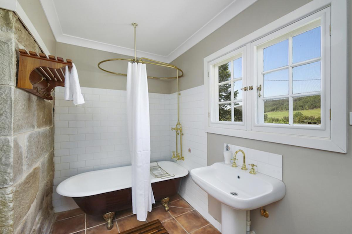Hunter Valley Accommodation - The Glen - Wollombi - Bathroom