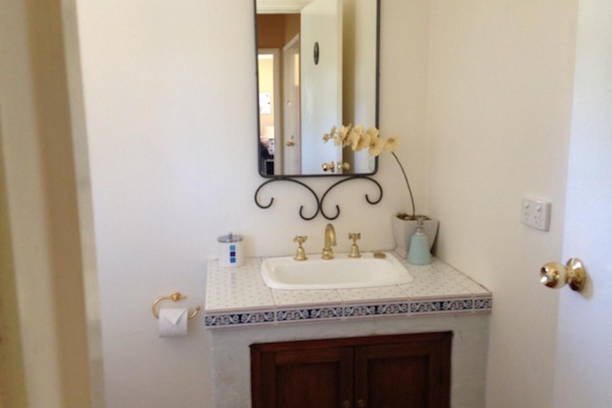 Hunter Valley Accommodation - Colette Cottage - Pokolbin - Bathroom
