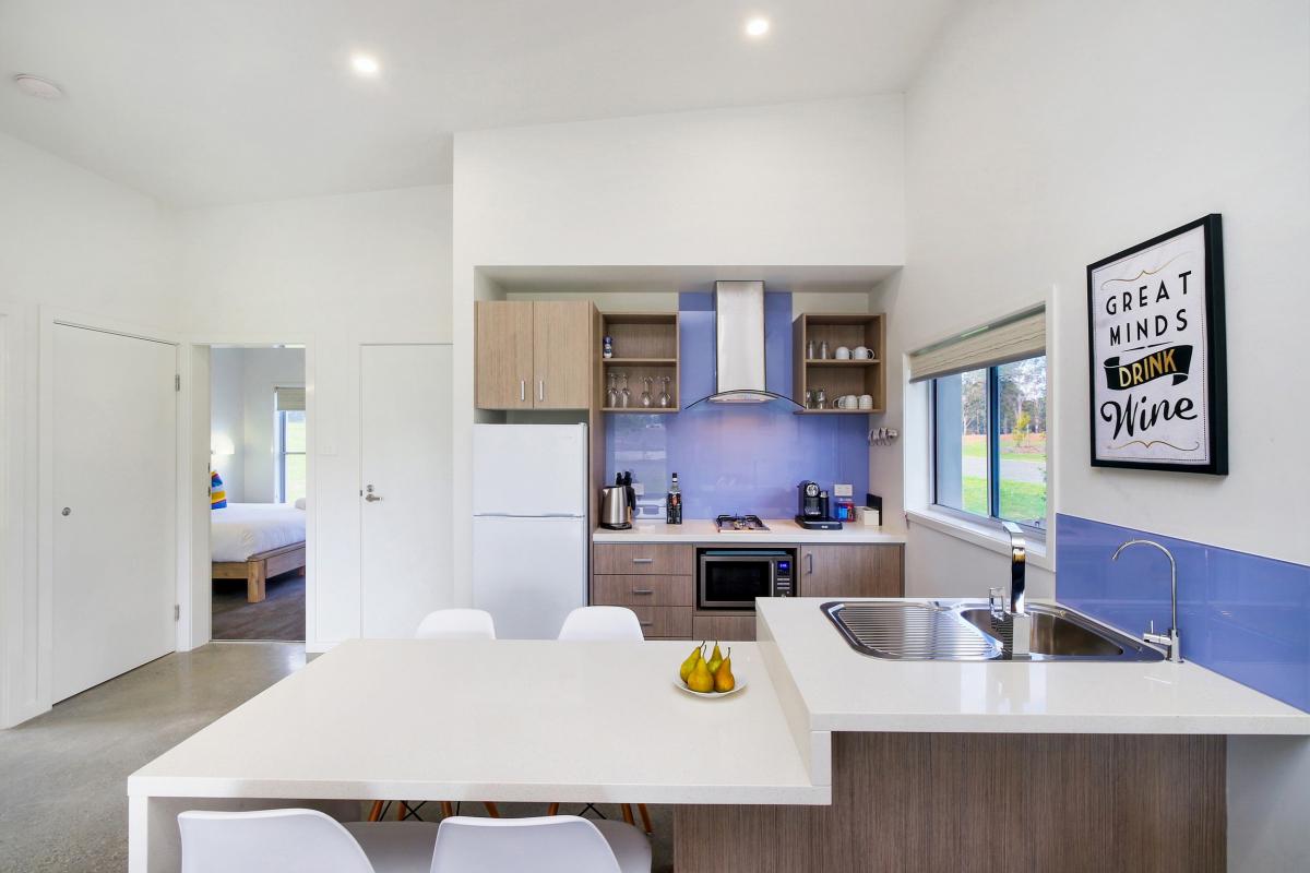 Hunter Valley Accommodation - Ironbark Villa 5 - Pokolbin - Kitchen