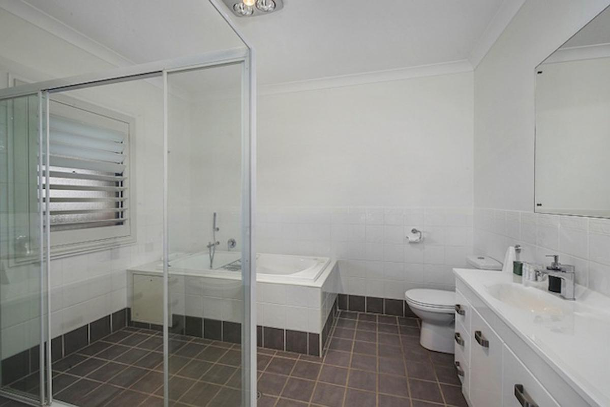 Hunter Valley Accommodation - Degen Estate - Pokolbin - Bathroom