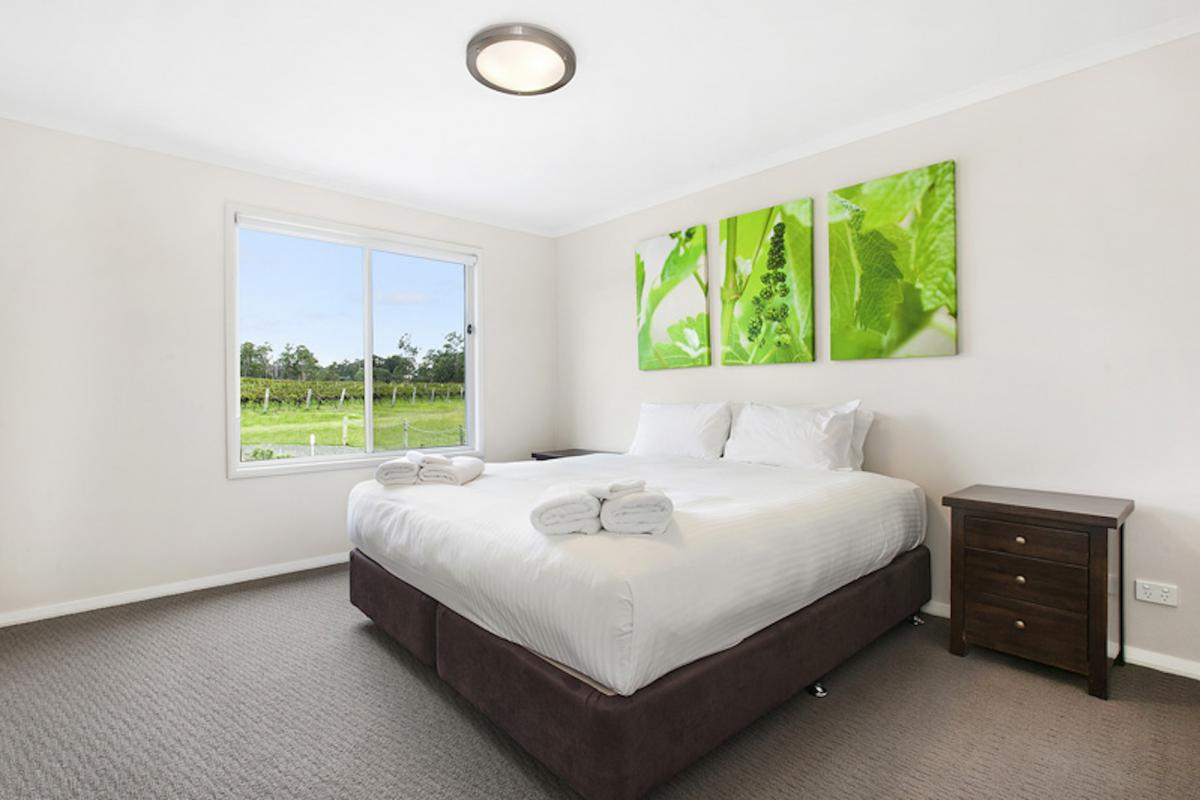 Hunter Valley Accommodation - The Lake House @ 201 - Lovedale - Bedroom