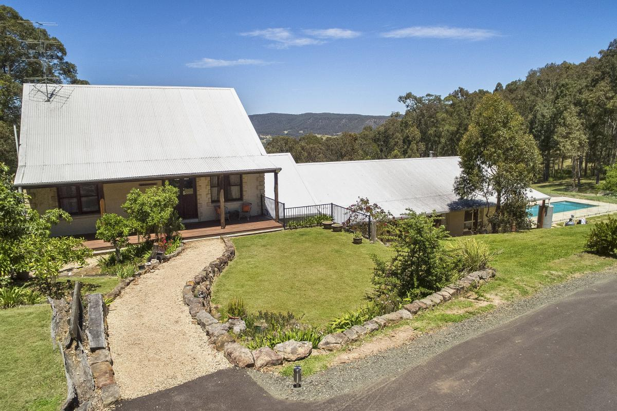Hunter Valley Accommodation - Alphawood - Mount View - Exterior
