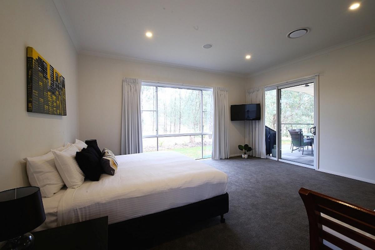 Hunter Valley Accommodation - Lomandra Retreat - Pokolbin - all