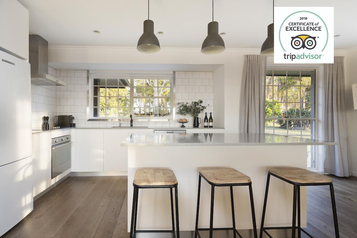 Hunter Valley Accommodation - Harkham House - Pokolbin - Kitchen