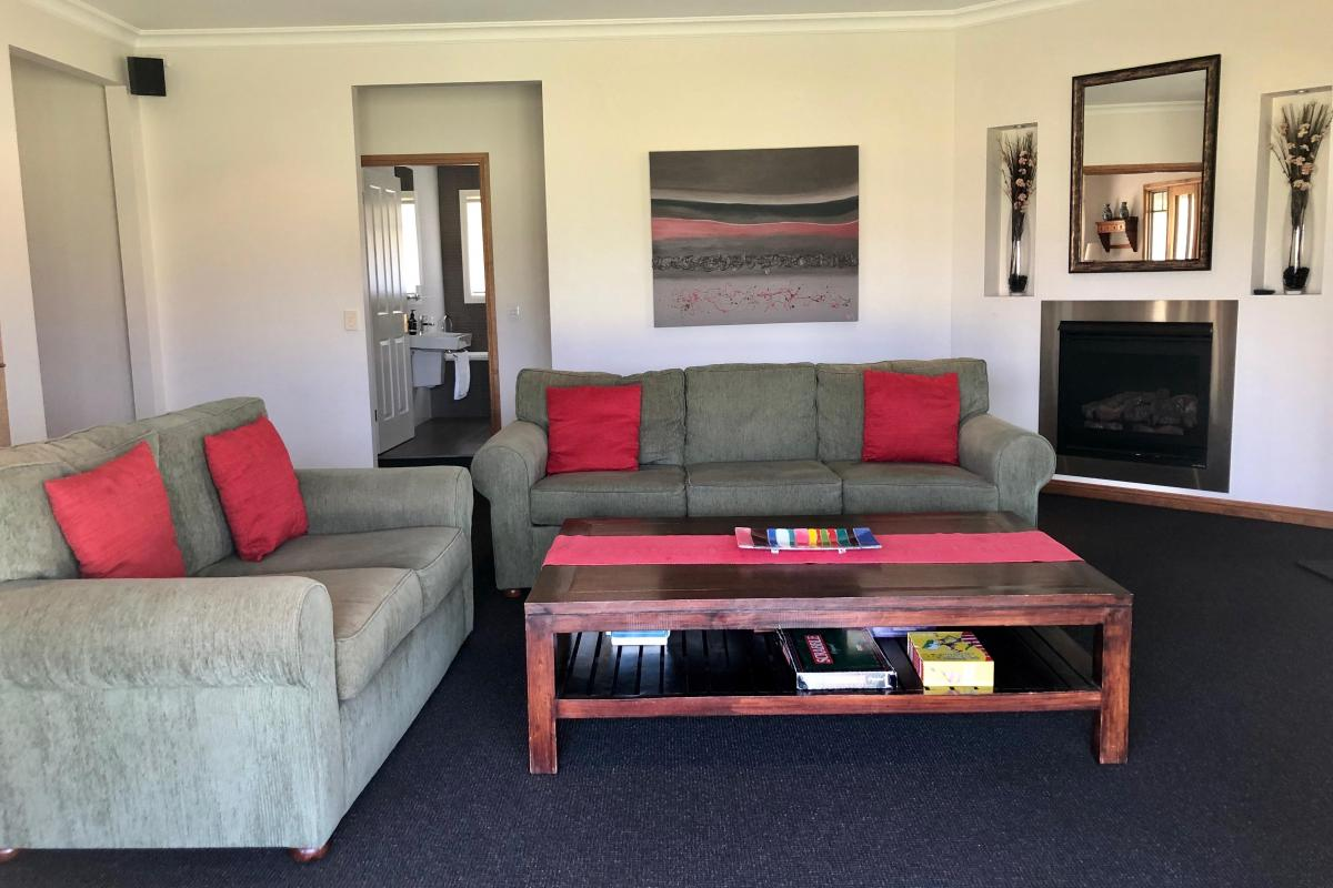 Hunter Valley Accommodation - Kinsale Cottage - Pokolbin - all