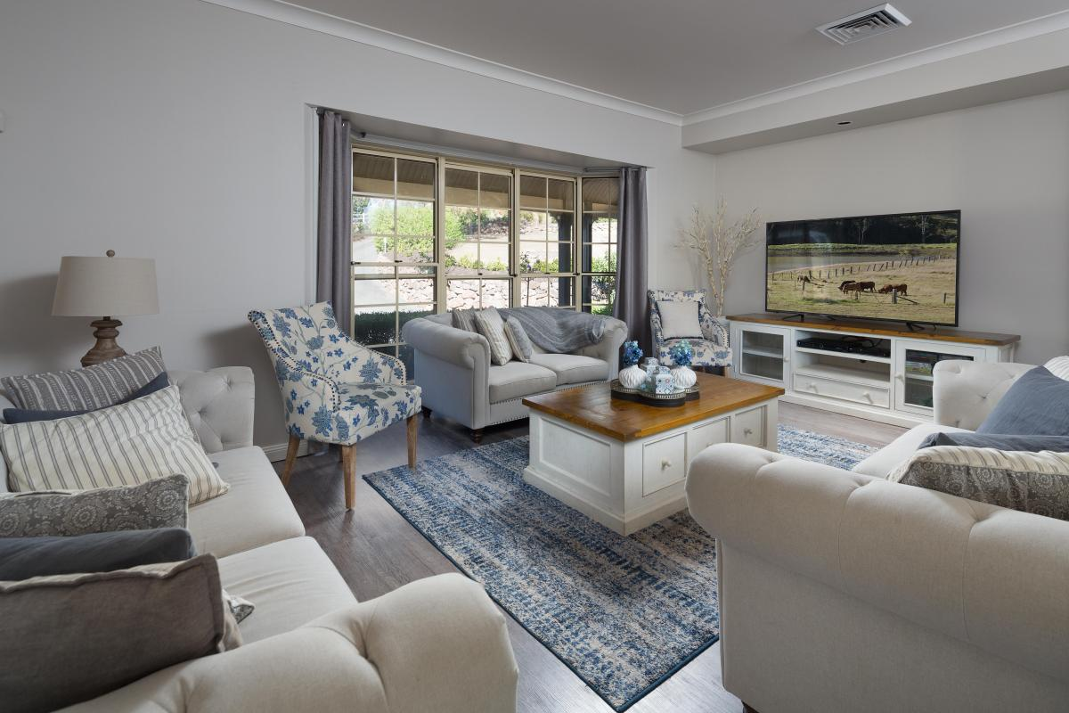 Hunter Valley Accommodation - Tharah - Mount View - Sitting Room