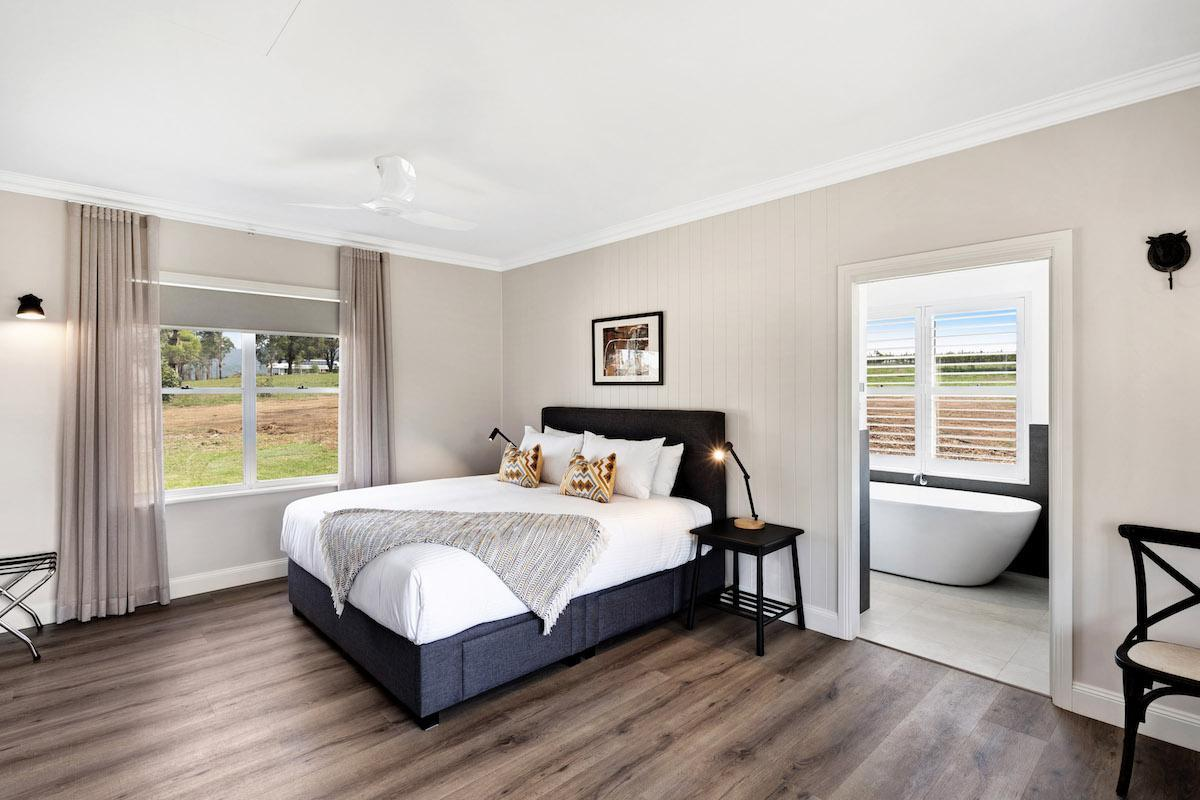 Hunter Valley Accommodation - Jindalee Estate- Pokolbin - Bedroom