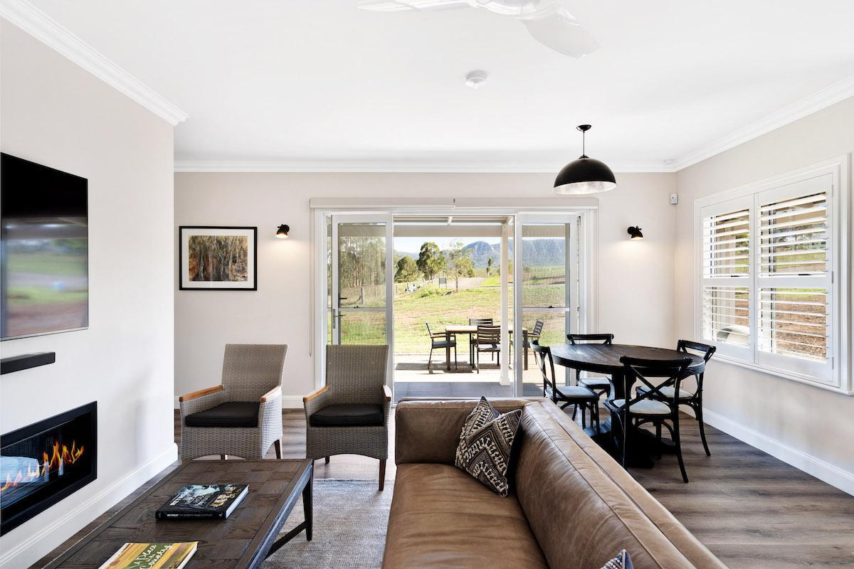 Hunter Valley Accommodation - Jindalee Estate- Pokolbin - Sitting Room