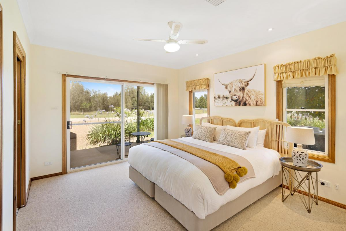Hunter Valley Accommodation - Black Creek Paddock - Lovedale - all