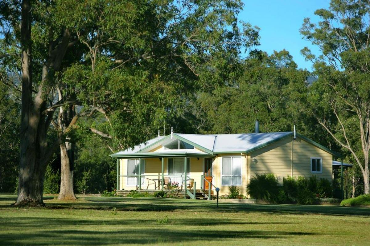 Hunter Valley Accommodation - Lilly Pilly Cottage at The Grange - Rothbury - Exterior