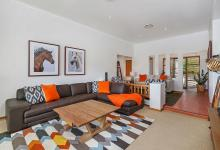 Hunter Valley Accommodation - Hillbrook Estate - Elderslie - Living Room