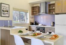 Hunter Valley Accommodation - Ironbark Villas - Pokolbin - Kitchen