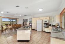Hunter Valley Accommodation - Windsors Edge Residence & Homestead - Pokolbin - Kitchen