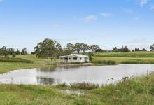 Hunter Valley Accommodation - The Lake House @ 201 - Lovedale - Exterior