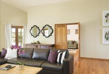 Hunter Valley Accommodation - Wine Country Lodge - Pokolbin - Living Room