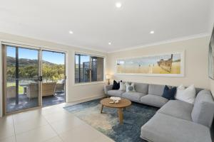 'Waterfront' Oasis in Avalon Beach