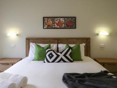Hunter Valley Accommodation - Ironbark Villa 6 - Pokolbin - Bedroom