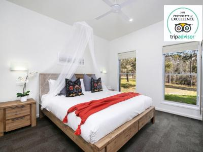 Hunter Valley Accommodation - Ironbark Villa 1 - Pokolbin - all
