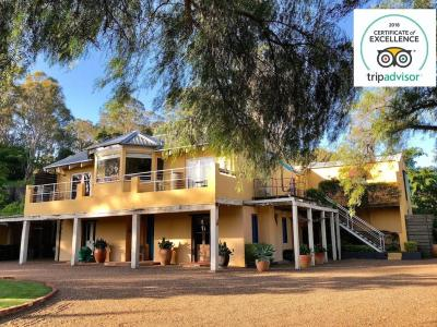 Hunter Valley Accommodation - i villini Estate - Lovedale - Exterior