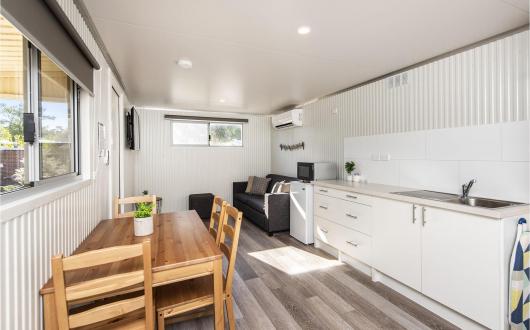 Superior Pet Friendly Studio Cabin