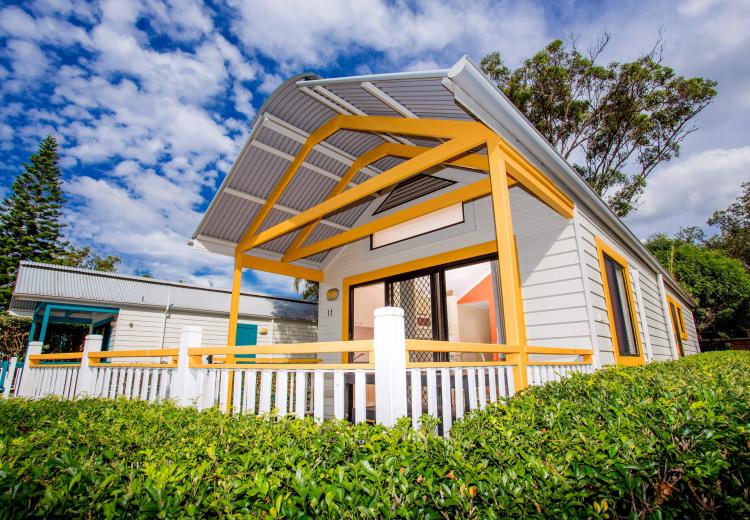 spa villa ingenia holidays south west rocks. Black Bedroom Furniture Sets. Home Design Ideas