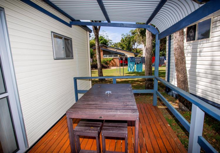 studio cabin south west rocks ingenia holidays south. Black Bedroom Furniture Sets. Home Design Ideas