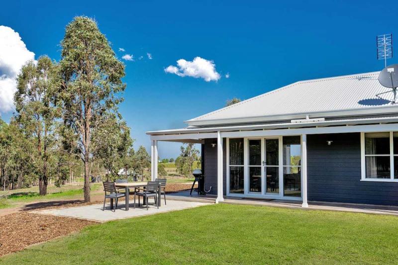 Hunter Valley Accommodation - Jindalee Estate Aldora Cottage - all